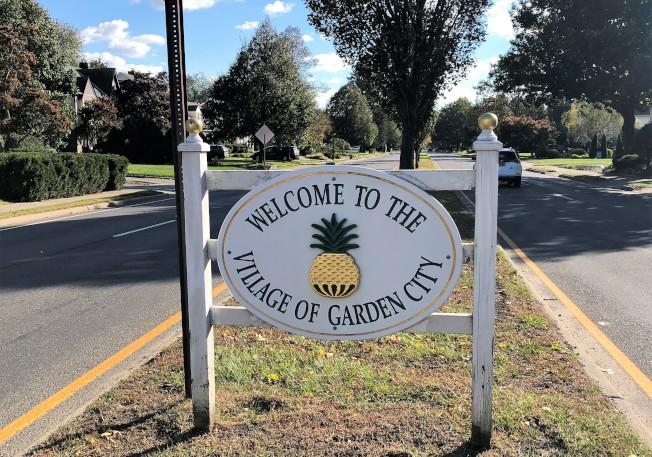 花園市邊界立著「歡迎來到花園市」的標誌。(記者朱蕾/攝影)