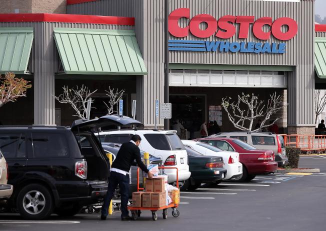 好市多內部通告顯示,今年黑色星期五,最主要降價促銷商品包括電子科技產品和家具。(Getty Images)