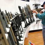 選舉氛圍變了 槍枝協會今年超低調 金援低於限槍團體