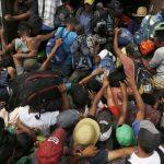 軍隊進駐架設帶刺鐵絲網 美墨邊境氣氛緊張 居民嚇壞了