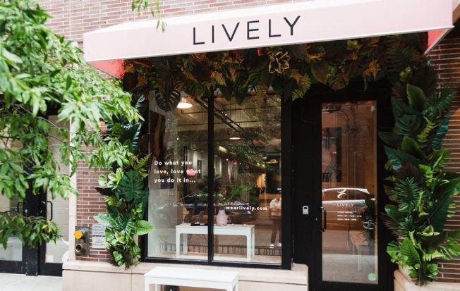 Lively在紐約開設了旗艦店。(Lively)