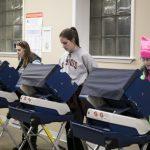 女性選民動員 熱情排山倒海 有利民主黨選情