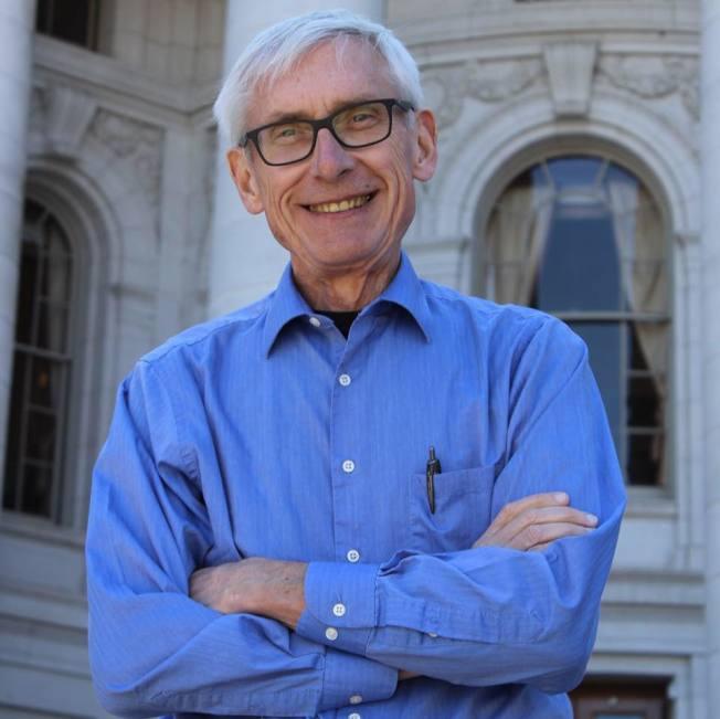 民主黨的艾維斯(Tony Evers)成為新一屆威州州長。(艾維斯官方臉書)