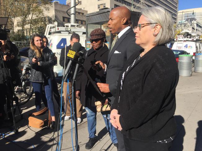 亞當斯7日召開記者會,要求當局採取「五點計畫」,對選舉問題進行改善。(記者顏潔恩/攝影)