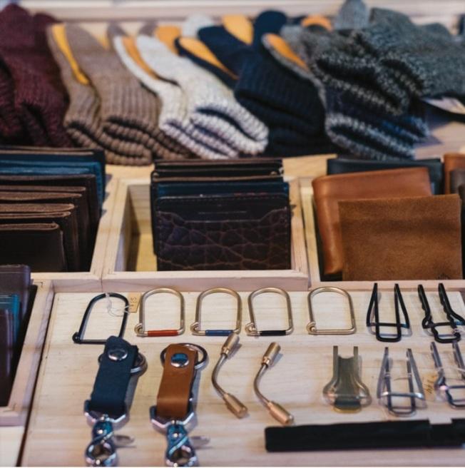 布莱恩公园冬日集市有许多异国风情的手工艺品,民众可以挑选精致的节日装饰。(取自Urbanspace脸书)
