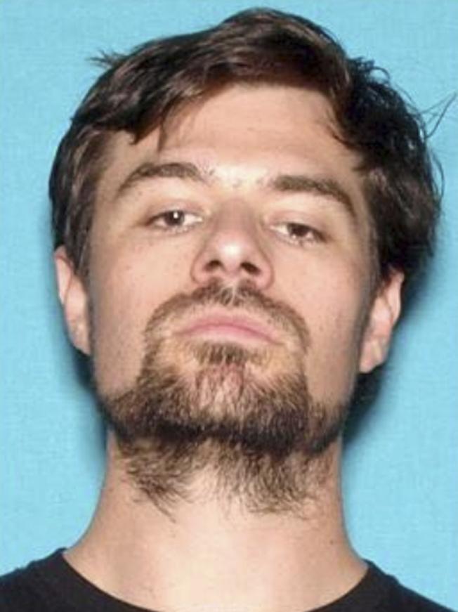 在加州千橡市開槍濫殺的陸戰隊退伍士兵隆恩,在行凶後自殺。(美聯社)