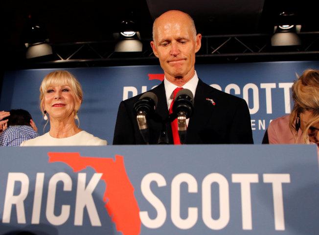 共和黨籍現任佛州州長史考特轉戰國會參院,選舉當晚得票領先,後因布羅瓦郡漏計選票,使選舉差距縮小,依州法必須全州重新計票。(路透)