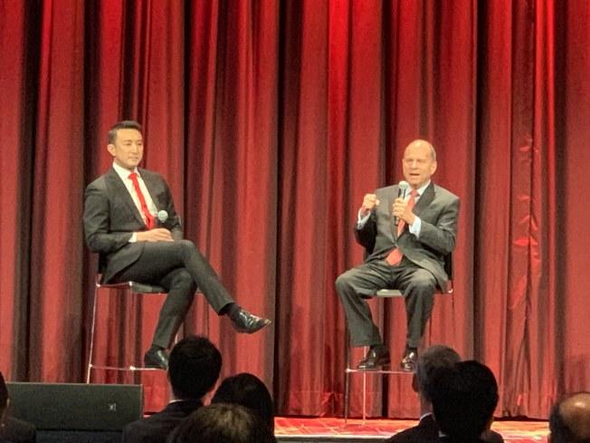 費爾南德斯(右)表示,中國將加速開放,美國要遏制中國發展的做法行不通。(記者和釗宇/攝影)