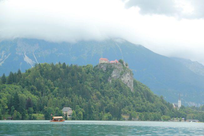 湖光明媚 岩洞壯觀 斯洛維尼亞