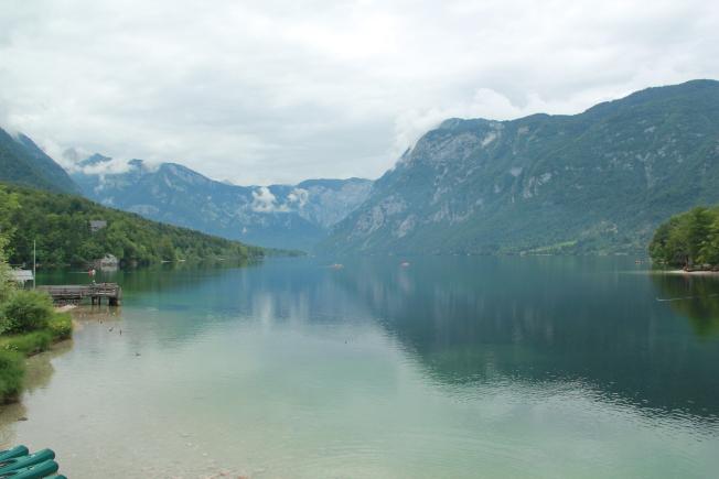 博希尼湖。