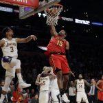 NBA/卡特又「起飛」踏經典戰靴秀爆扣