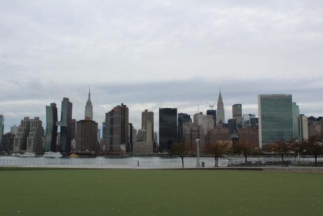 長島市與曼哈頓中城、聯合國總部、帝國大廈等隔河相望。(記者劉大琪/攝影)