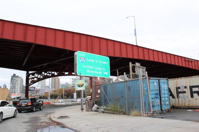 長島市地理位置優越,開車五分鐘即可抵達曼哈頓中城隧道。(記者劉大琪/攝影)