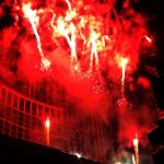 (影音)過節囉!芝加哥巨型聖誕樹點燈 現場擠爆