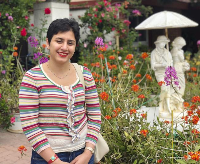約翰霍普金斯大學21歲的艾拉莉‧艾哲,14歲自伊朗移民美國。(美聯社)