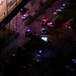 西裔男砸車又襲女警 遭射殺