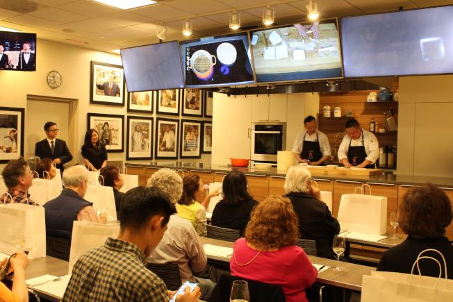 以「美食·愛戀·上海」為題的上海美食節暨旅遊推介會持續至21日。(記者張筠/攝影)