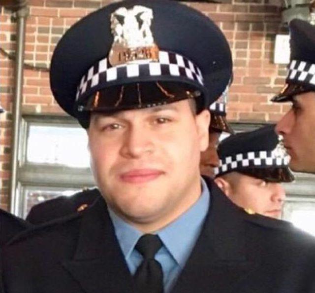 不幸殉职的28岁警员Samuel Jimenez,遗有三名幼小子女。(取自脸书)