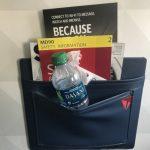 機上椅背置物袋很髒…竟發現過內褲、襪子