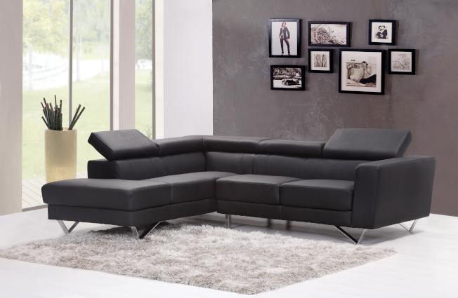 在年末購物季買整組沙發,會得到更大的優惠。(Pexels)