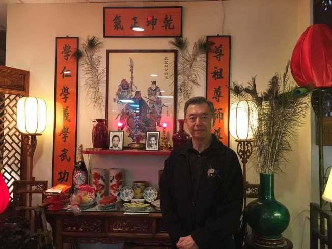 朱超然坚持教授武术36年。(记者张筠/摄影)