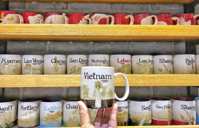 收集世界各地的星巴克城市杯,是不少收藏家的夢想。(圖/讀者陳肇陽提供)