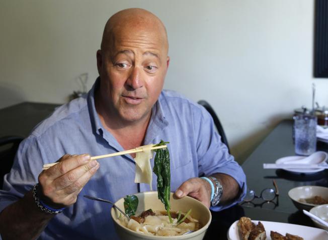 電視名廚兼主持人齊默恩對中餐不當認識的評論,已引發各界的批評,他也隨即道歉。(美聯社)