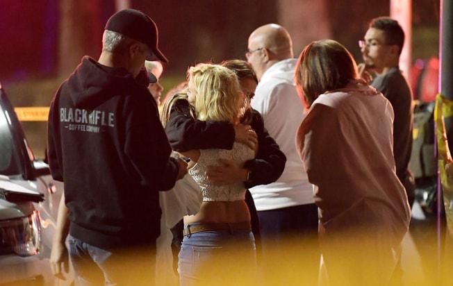 范杜拉縣千橡(Thousand Oaks)社區的一間音樂吧7日晚驚爆槍擊案。美聯社