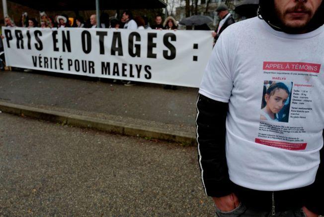 法國民眾為失蹤兒童上街遊行。(Getty Images)