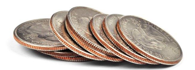 現年105歲的哈靈頓,從13歲起存下每一個25分硬幣,這些小錢積沙成塔,成為她的旅遊基金。(取自推特)