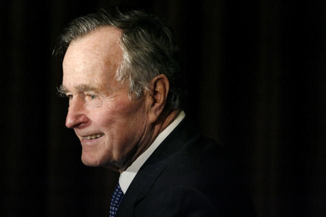 2018年11月30日,前总统老布什病逝。(美联社)