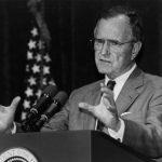 川普將出席老布希喪禮  大選未拿到他這1票