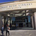 老布希總統圖書館 湧民眾緬懷