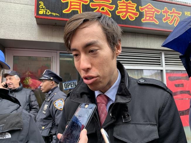 余炳文表示,民眾若有任何解決方案,都應積極提出、討論。(記者賴蕙榆/攝影)