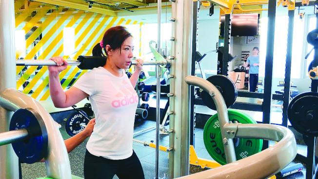 重量訓練是讓肌肉更有力量及柔軟度,使肌肉有爆發力及持久度。(本報資料照片)