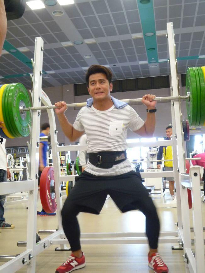 重量訓練。(圖:中天提供)