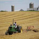 吹噓與中貿易停戰 川普:美國農民將獲「大又快」好處