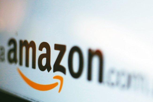 沒有收銀員的「無人店」已經不稀奇,但美國電商龍頭亞馬遜(Amazon)現在想把這項「無人店」技術推展到更大型的零售據點,勢必又將給零售業和相關產業帶來新一波機會和挑戰。 路透