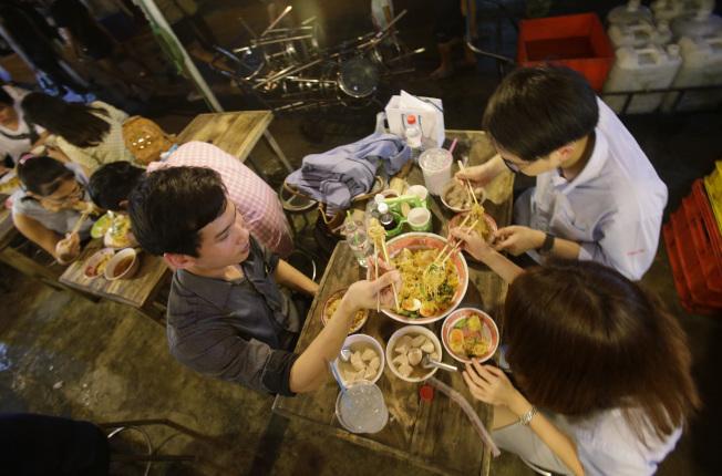 高薪居民的增加,為中餐業者提供機會。(Getty Images)