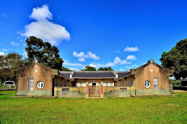 建於史前時代卑南遺址上方的國本農場是稀有的閩日合璧建築。