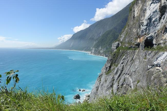 擁抱太平洋的花東海岸,沿途風景美不勝收。