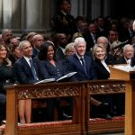 辛普森悼老布希:在我最低潮時 他不顧勸阻出手相助…