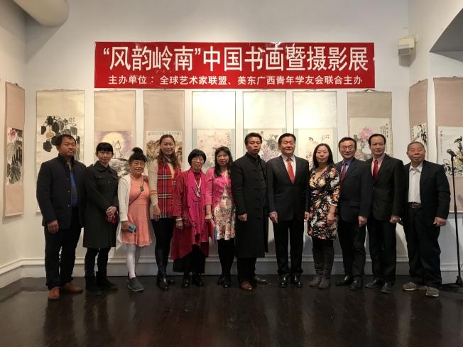 「风韵岭南」中国书画暨摄影展5日法拉盛开展。(记者刘大琪/摄影)