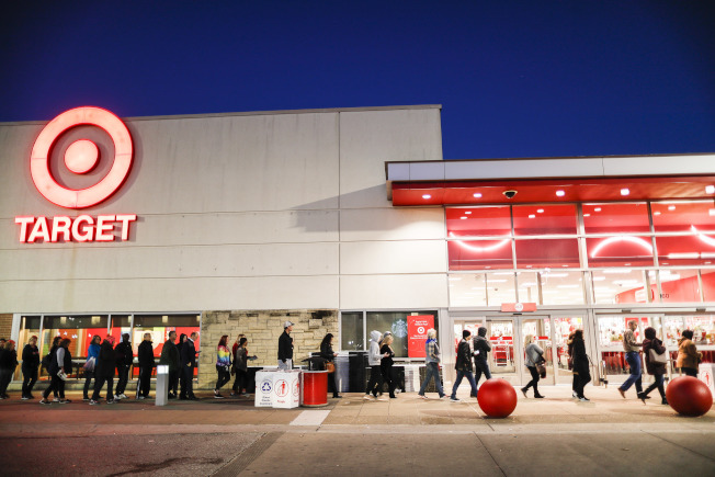 連鎖平價商店Target一直在新開小型門市與改裝現有門市,例如今年準備投入2億5000萬元,裝修在明尼亞波利斯總部附近的28家門市 。(美聯社)