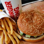 想買漢堡王「一分錢華堡」?請靠近麥當勞下單