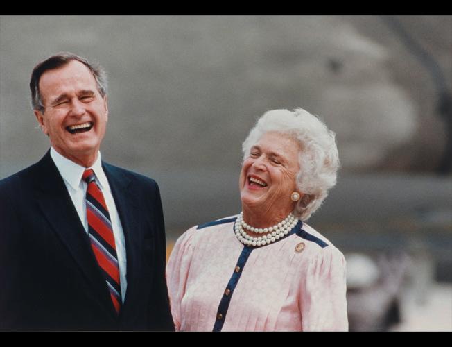 國家肖像館為紀念老布希總統,給總統肖像展新增內容。(肖像館提供)