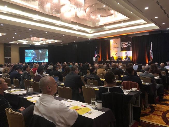 南加州政府協會舉辦的第九屆南加經濟峰會6日舉行。(記者張宏/攝影)