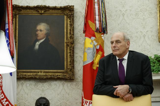 白宮幕僚長凱利(右,John Kelly)。美聯社
