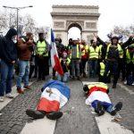 「憤怒很久了」貧富差距大 法國黃背心怒火難消