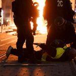 法國黃背心又暴力示威 1400人被捕